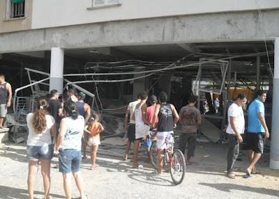 BB Pilar Assaltantes explodem agência do Banco do Brasil em distrito de Jaguarari (BA)