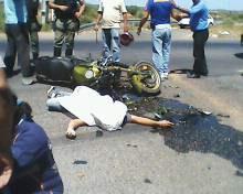 IMG0016A Acidente deixa dois mortos na Estrada da Banana