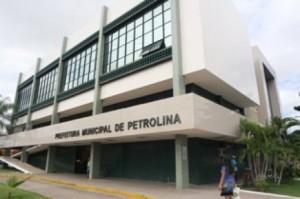 Prefeitura de Petrolina PE1 300x199 Prefeitura de Petrolina colocará novos imóveis públicos em leilão