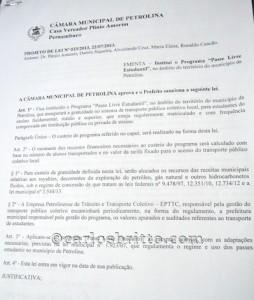 Pérsio (2)