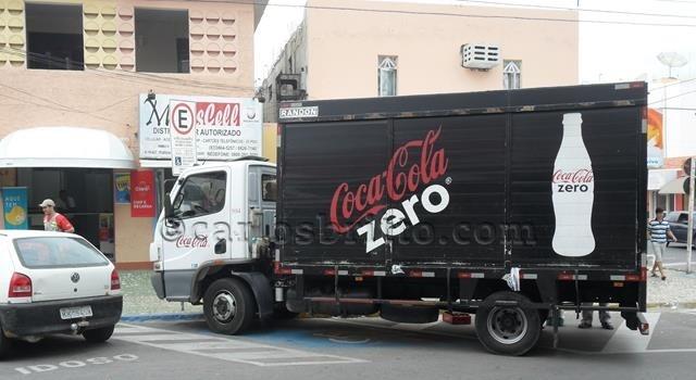 estacionamento proibido_640x427