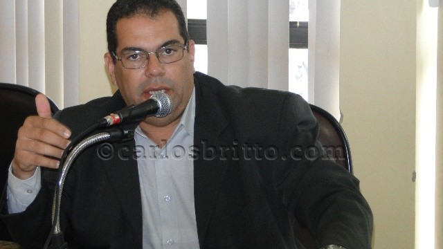betão Betão alfineta assédio de governistas para que não apoiasse reeleição de Osório
