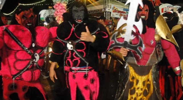 Carnaval 640x350 Criatividade e mobilização social marcam penúltimo dia do Carnaval de Petrolina