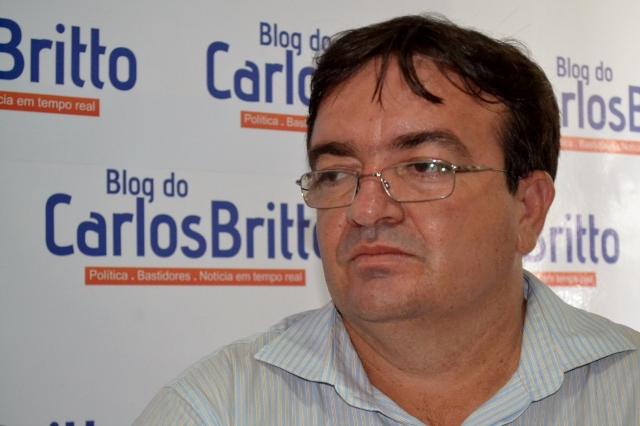 "Manoel da Acosap Manoel da Acosap denuncia problemas nos postos de saúde de Petrolina: ""A rede básica está falida"""