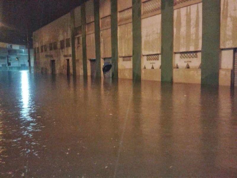 chuvas juazeiro3 Chuvas deixam Juazeiro debaixo d'água