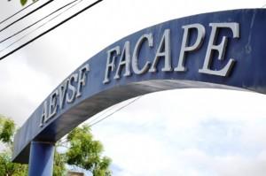 Fachada 001 300x199 Inscrições para o vestibular da Facape são prorrogadas até o dia 22