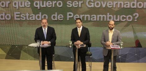 44b58c56887a497fa9827afcf62b0ffb Em queda nas pesquisas, Armando Monteiro parte para acusações contra Câmara em debate na TV Jornal