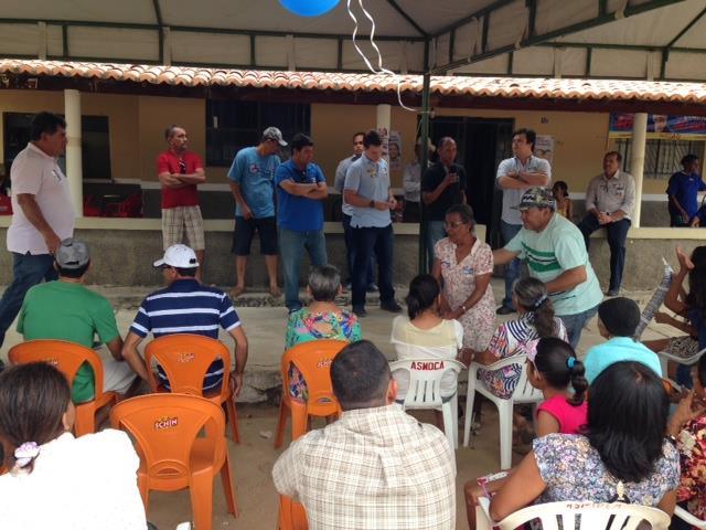 Fernando filho no capim 640x480 Acompanhado de Miguel Coelho, Fernando Filho visita comunidade do Capim