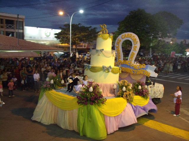 GEDC0607 Desfile cívico e shows encerram programação do aniversário de Cabrobó