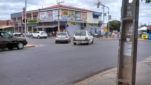 faixas pedestres areia branca 2 640x360 Comunitários cobram da EPTTC reimplantação de faixas de pedestres nas imediações da feira da Areia Branca