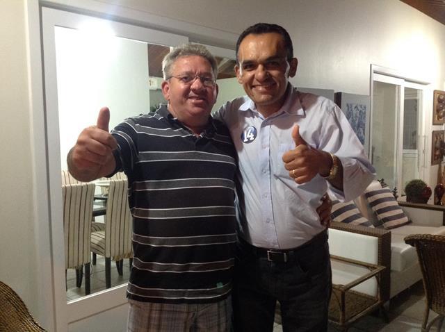 odacy e augusto ribeiro 640x478 Odacy comemora apoio de seu ex secretário municipal e presidente do Sindicato dos Bancários em Petrolina