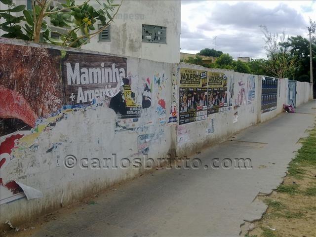 cartaz em muro (2)