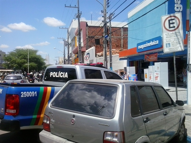 Estacionamento polícia 2