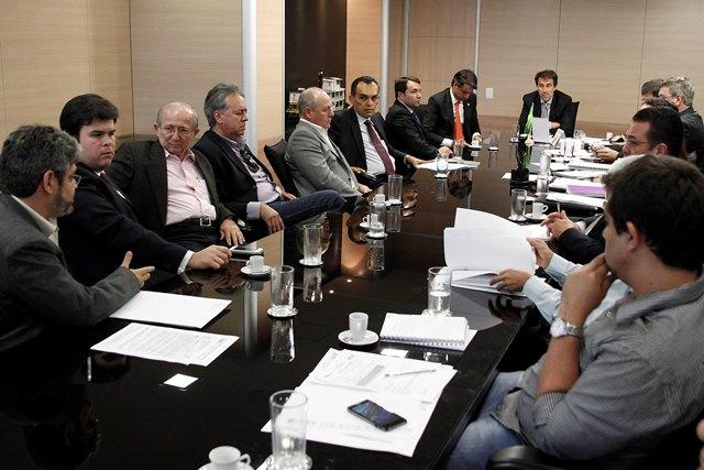 Fernando Filho reunião