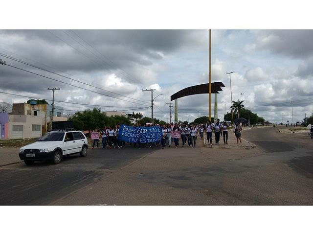 protesto estudantes erem santa maria (1)_640x480