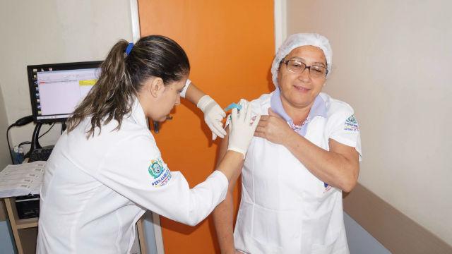vacinação gripe funcionários UPAE