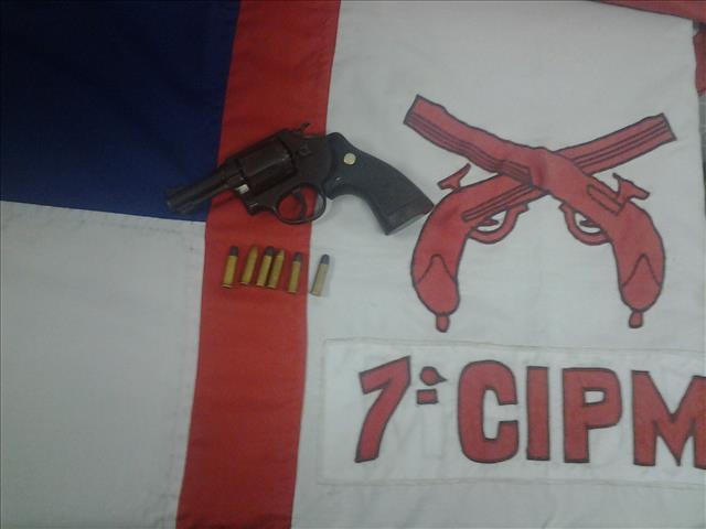 arma apreendida/Foto: 7ª CIPM
