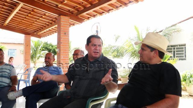 Ronaldo Silva em campanha_640x360/Foto assessoria