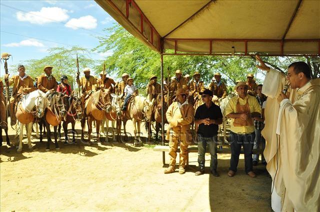 isaac em missa vaqueiro/Foto: Ascom PMJ/divulgação