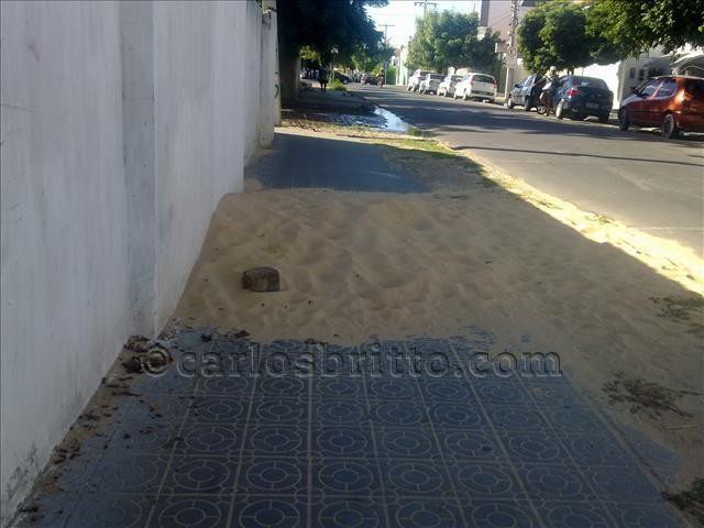 areia em calçada