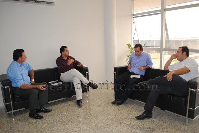 comissão saúde e reitor/Foto: Ascom PMP/divulgação