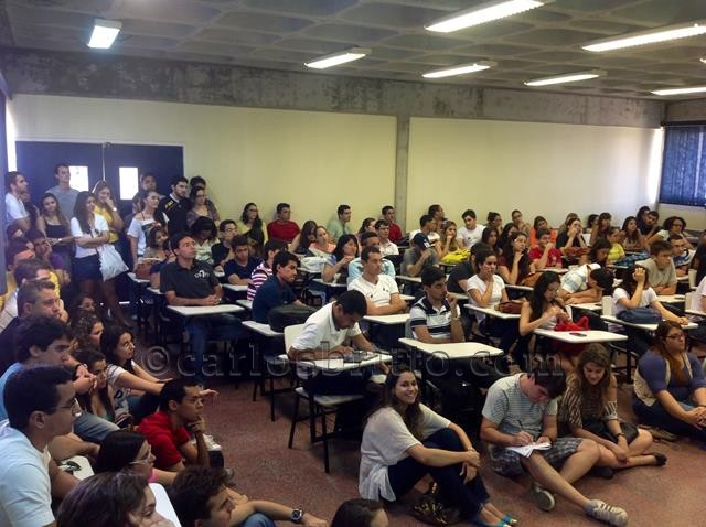 estudantes medicina univasf