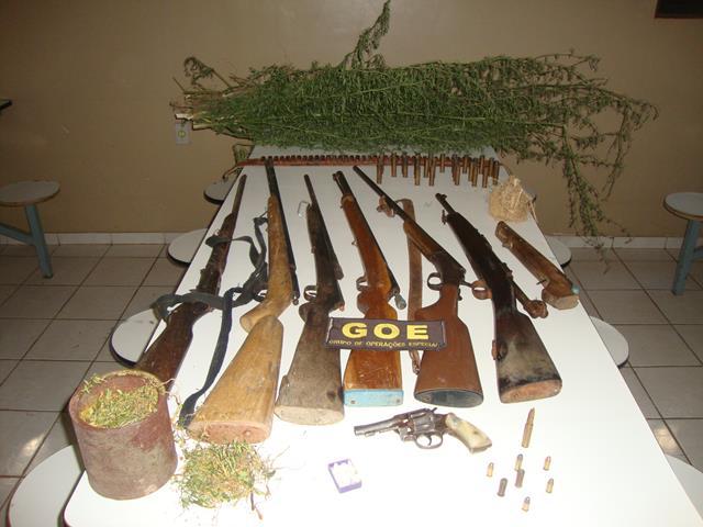 armas apreendidas/Foto: 25ª CIPM