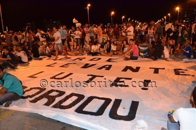 manifestantes Vale Acordou