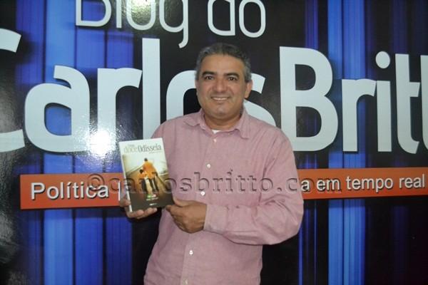 Livro- Idário Santos