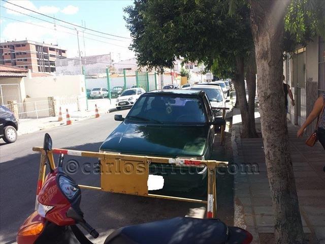 carro estacionado Petrolina2