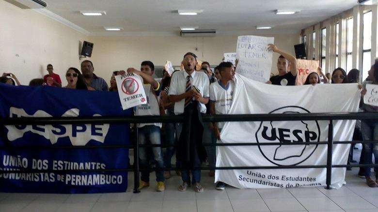 protesto-estudantes-pec-241-camara-petrolina