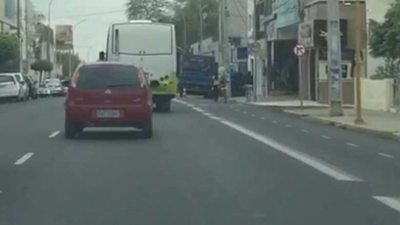 caminhao-parado-avenida-guararapes2
