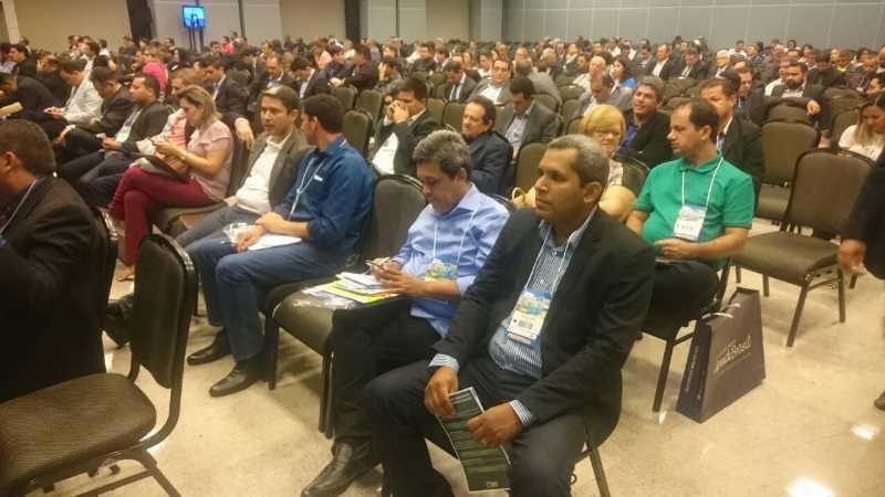 prefeito-wilker-do-posto-em-seminarios-brasilia