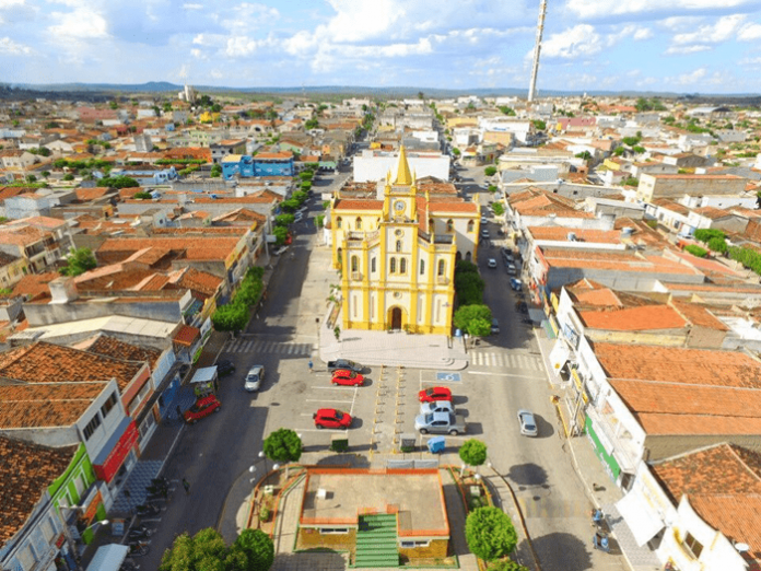 Tabira suspende reabertura do comércio por conta do aumento de casos do  novo coronavírus   Blog do Carlos Britto