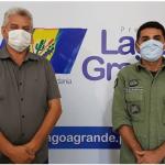 Ten Cel Carvalho e prefeito Lagoa Grande 7ªCIPM